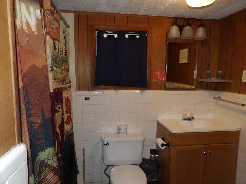bathroom with woodland theme
